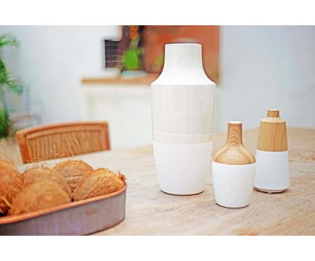 Vaso de Cerâmica Chuck Chandler - Branco e Bege | WestwingNow