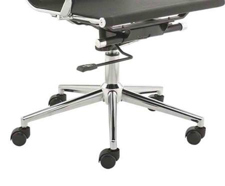 Cadeira de Escritório com Rodízios Smooth Alta - Preta | WestwingNow