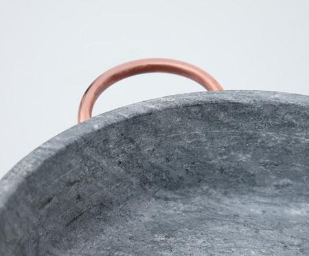 Caçarola Rasa em Pedra Sabão - Cinza | WestwingNow
