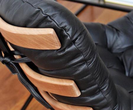 Poltrona Costela com Massageador e Pufe em Linho - Cru e Preta | WestwingNow