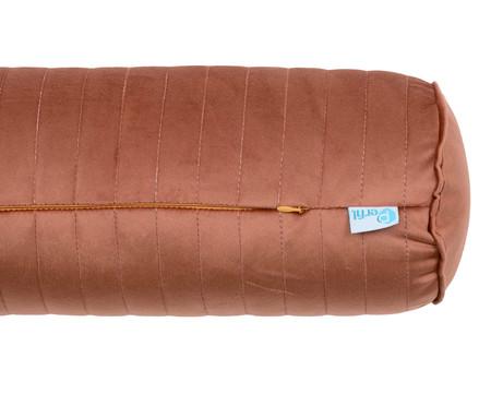 Almofada Rolinho em Veludo com Vivo Ripado - Terracota | WestwingNow